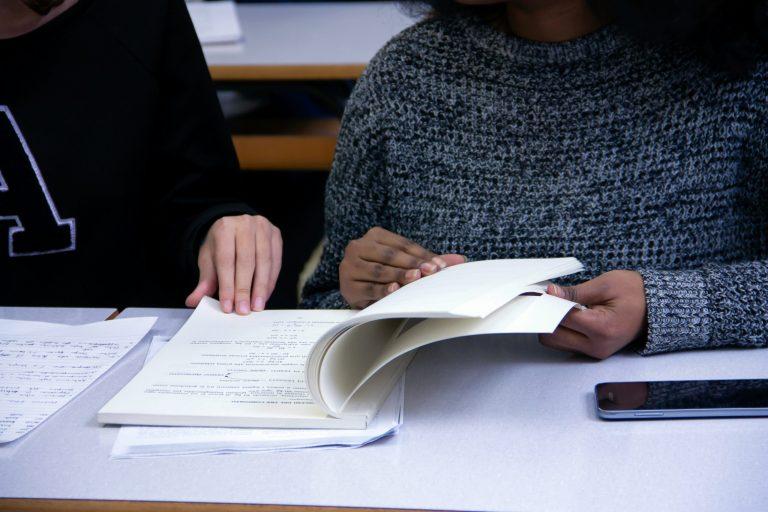 Should students take admission tests?